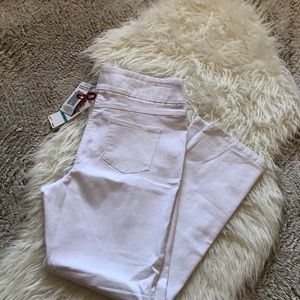 Crisp white Jeggings by Ruby Rd. Size 16
